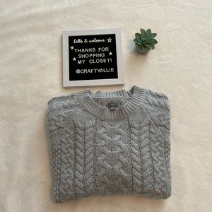 🍁 Aerie Grey Chunky Cableknit Sweater | Women's M